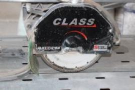 укладка плитки после подрезки в размер